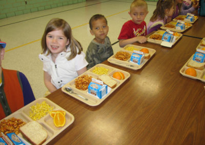 Detroit lakes Elementary lunch